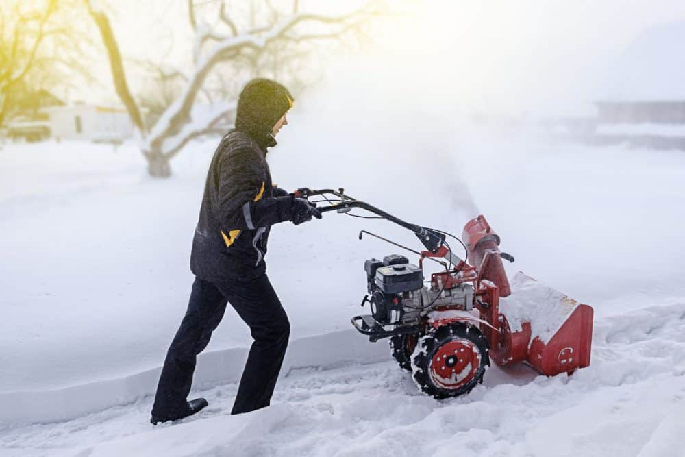 1 Stage vs. 2 Stage Snow Blower
